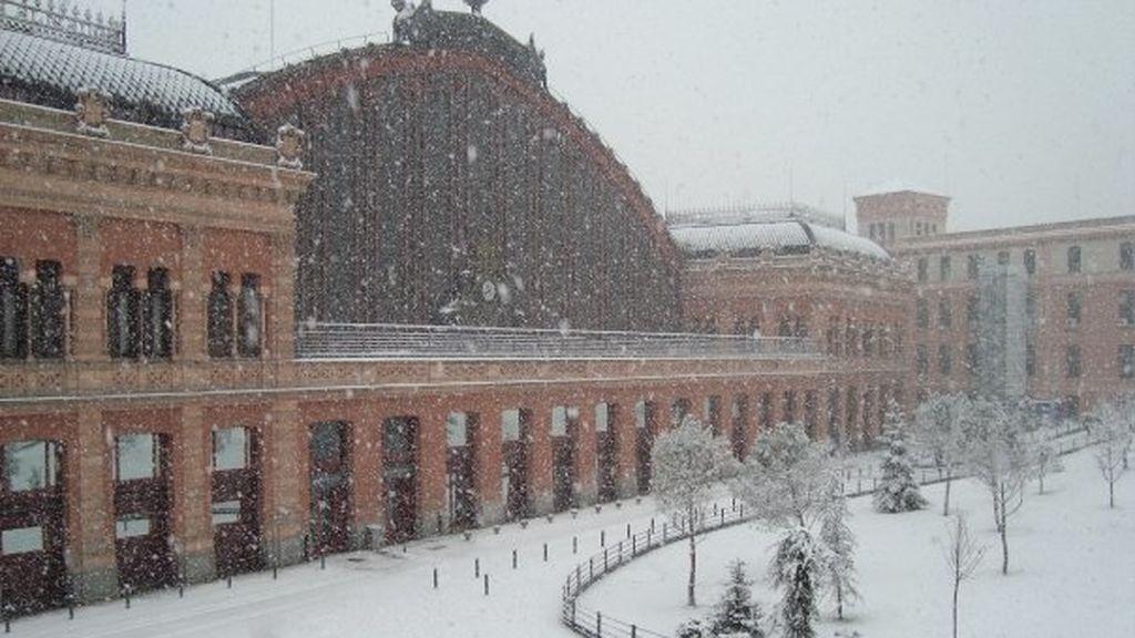 Once años de la gran nevada en Madrid del 2009: las instantáneas de Cibeles, el Prado y el Retiro completamente blancos