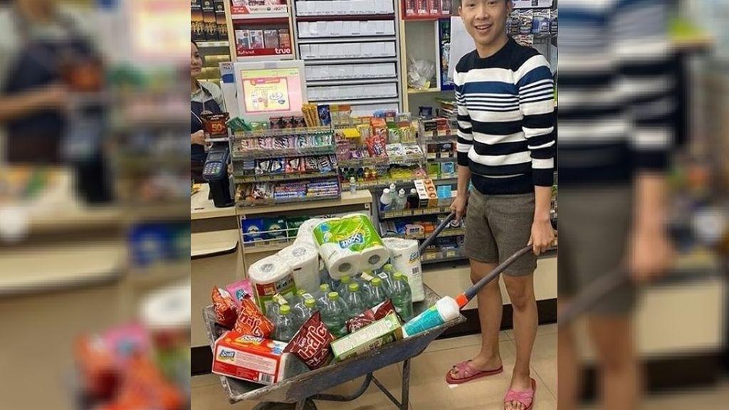 Carretillas, conos, jaulas: el ingenio de los ciudadanos de Tailandia tras la prohibición de las  bolsas de plástico