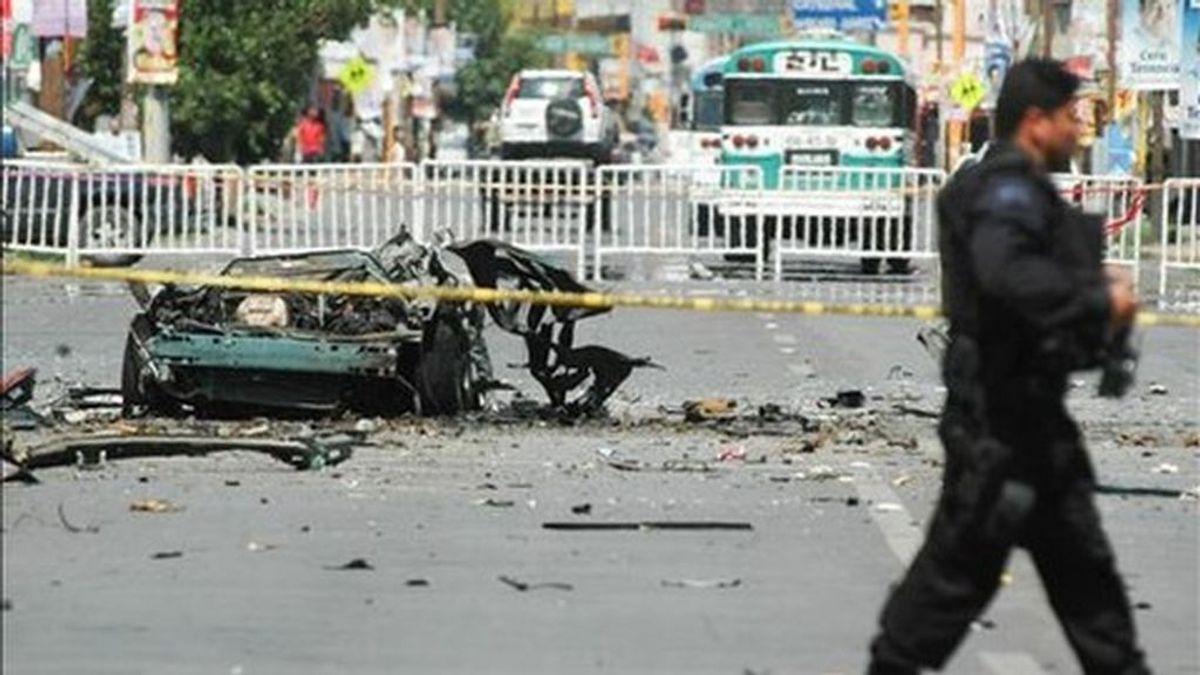 Un enfrentamiento entre policías y sicarios ha dejado 8 muertos en la frontera de México con EEUU