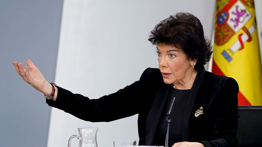 Isabel Celaá deja la portavocía del Gobierno pero mantiene la cartera de Educación