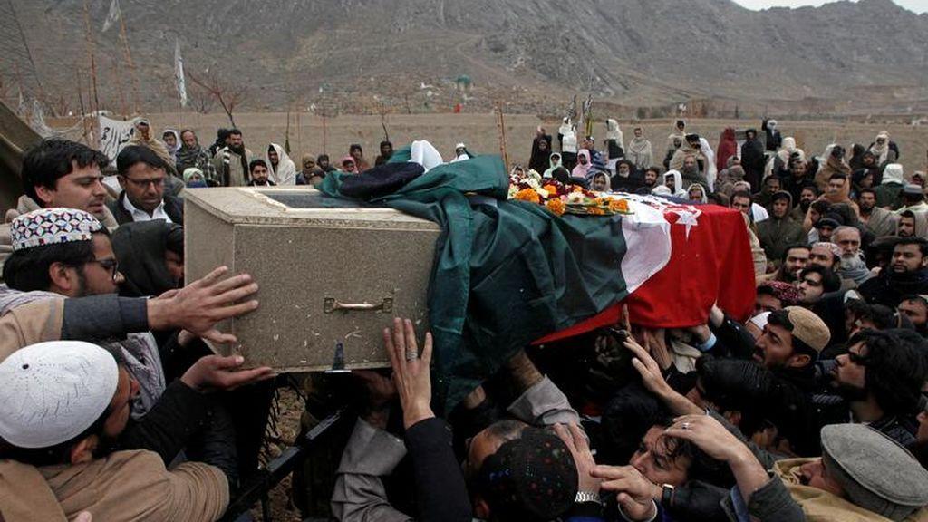 Aumenta a 15 el número de fallecidos en el atentado contra una mezquita en Pakistán