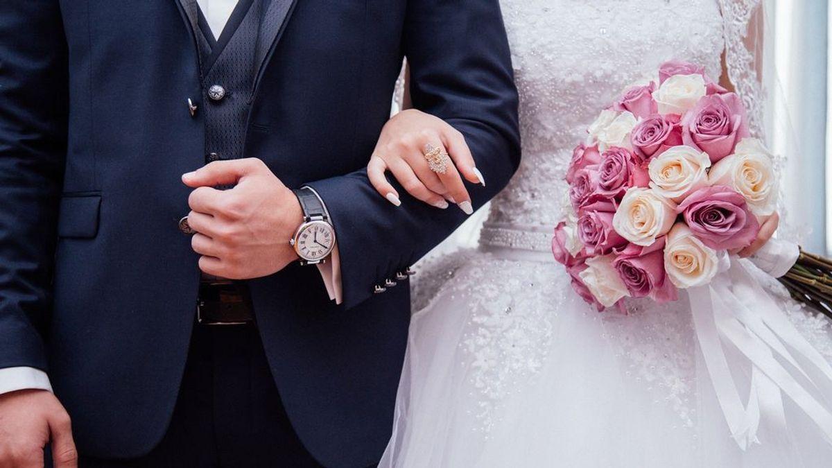 La venganza de un novio durante su boda: muestra la infidelidad de su prometida ante todos los invitados
