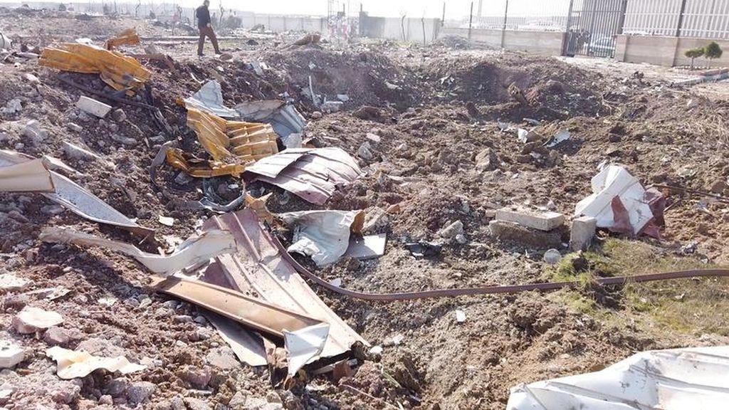 """Irán confirma que el Ejército derribó el avión ucraniano siniestrado por un """"error humano"""": hay 176 muertos"""