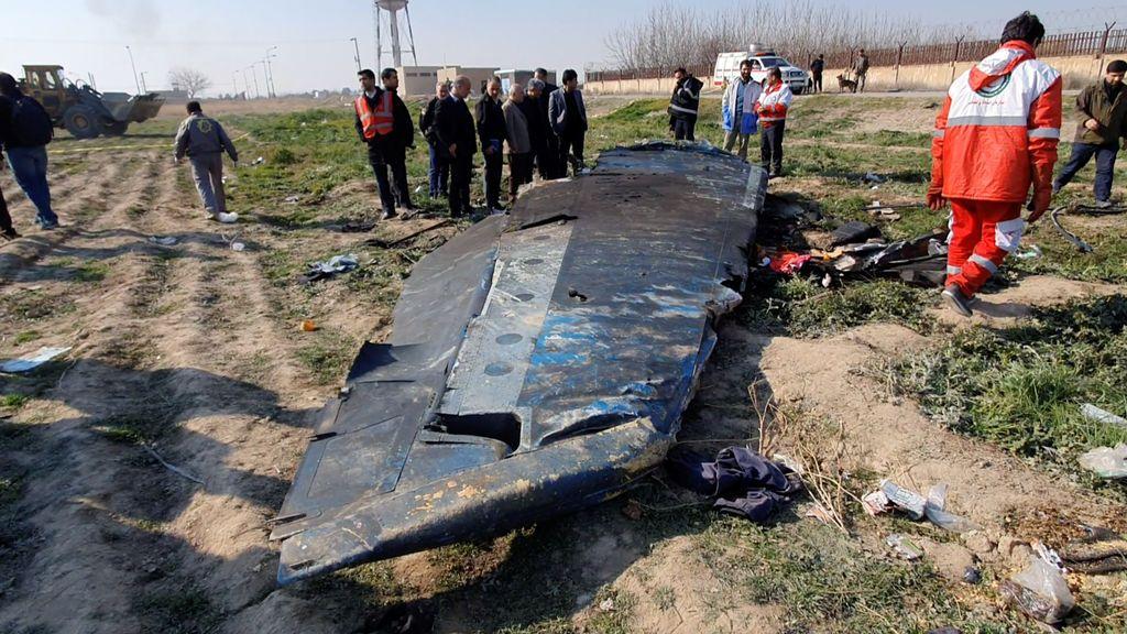 """Irán reconoce que derribó el avión con 176 pasajeros """"por error"""""""