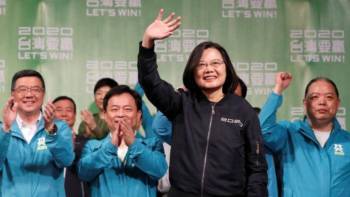 Tsai celebra su victoria electoral proclamando que no cederá a las amenazas de Pekín