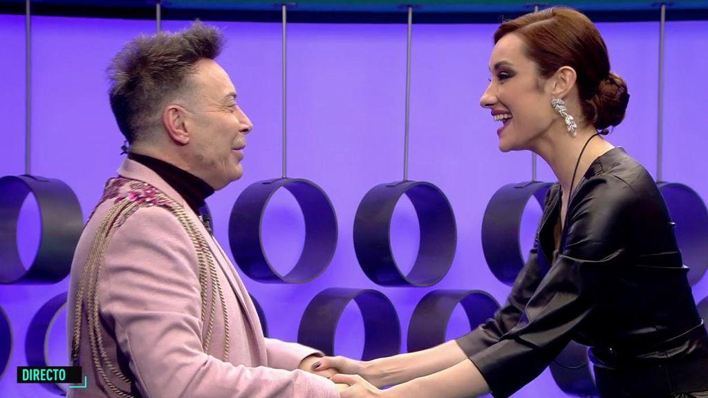 """El alegre reencuentro de Adara con Maestro Joao acaba con una advertencia: """"Me gustaría que nadie interviniese entre Gianmarco y yo"""""""