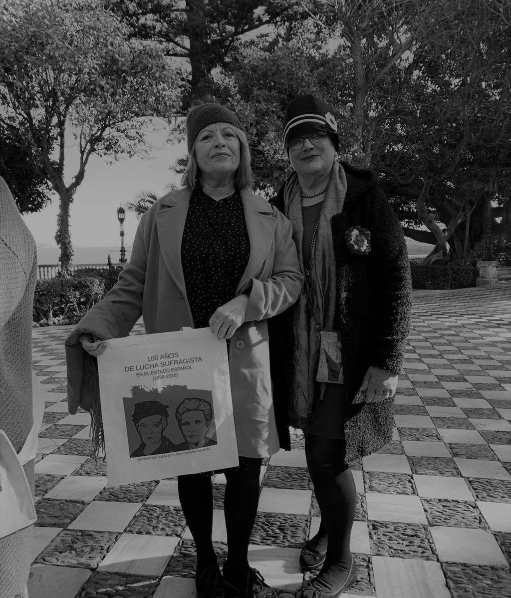 Feministas de Cádiz celebran 100 años del inicio de la conquista del voto femenino