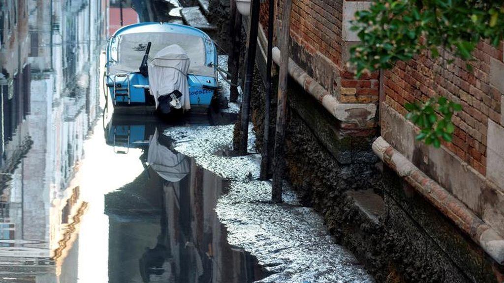Venecia, de las inundaciones a la sequía en solo un mes: las espectaculares imágenes