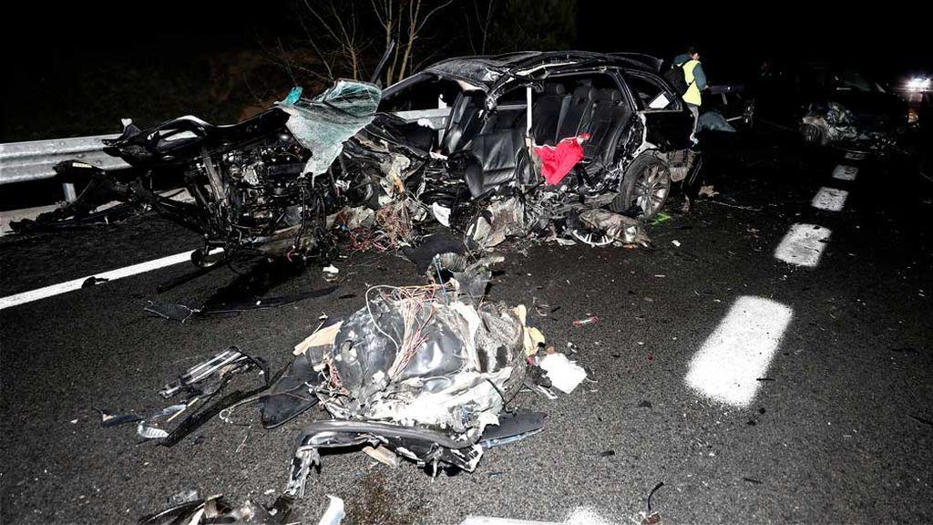 Dos muertos y cuatro heridos en una colisión múltiple en Olagüe, Navarra
