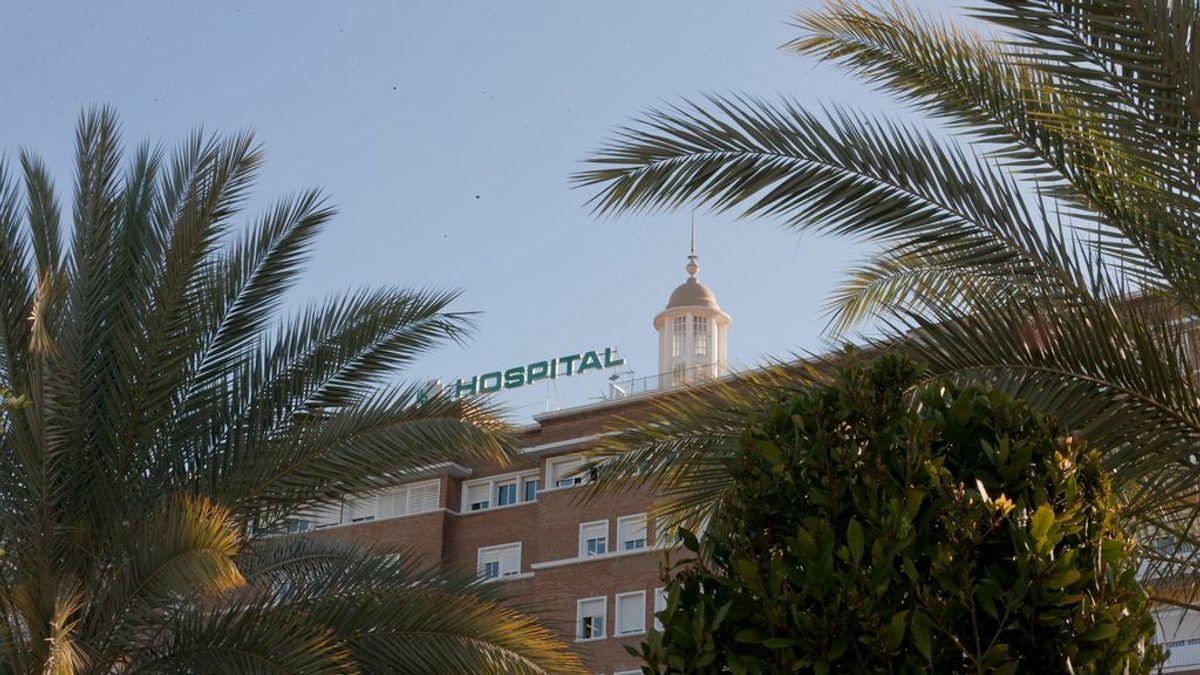 Un mes esperando tratamiento de radioterapia en Sevilla: la denuncia de una joven con cáncer de cérvix