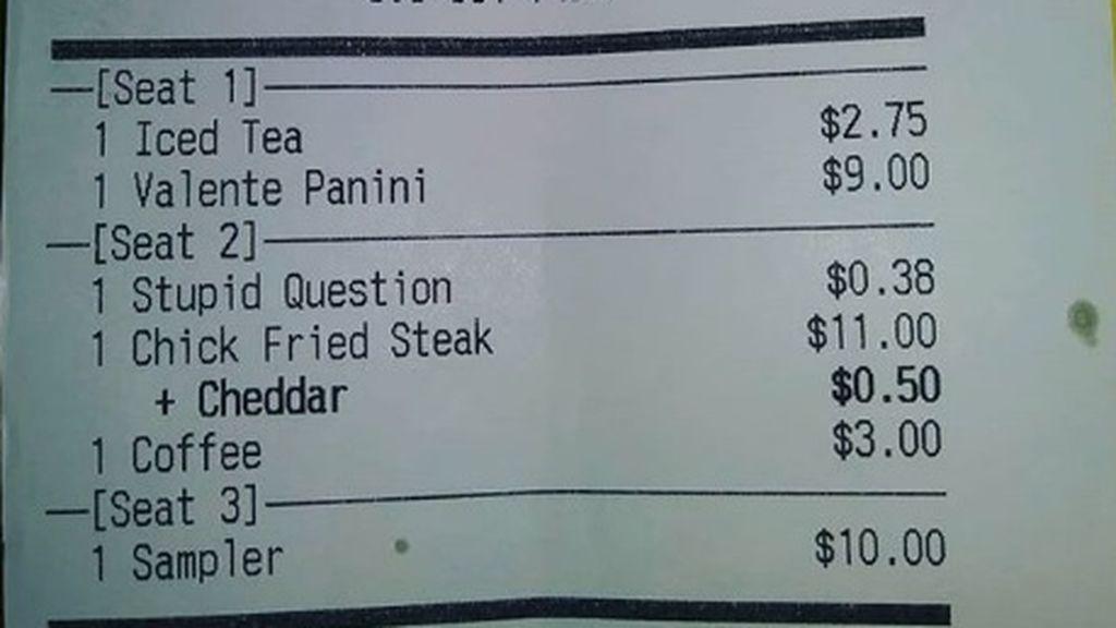 Un restaurante cobra un extra a sus clientes por hacer 'preguntas estupidas'