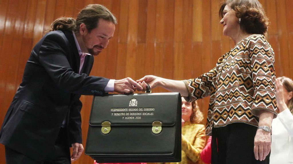 Pablo Iglesias recoge su cartera de vicepresidente y ministro