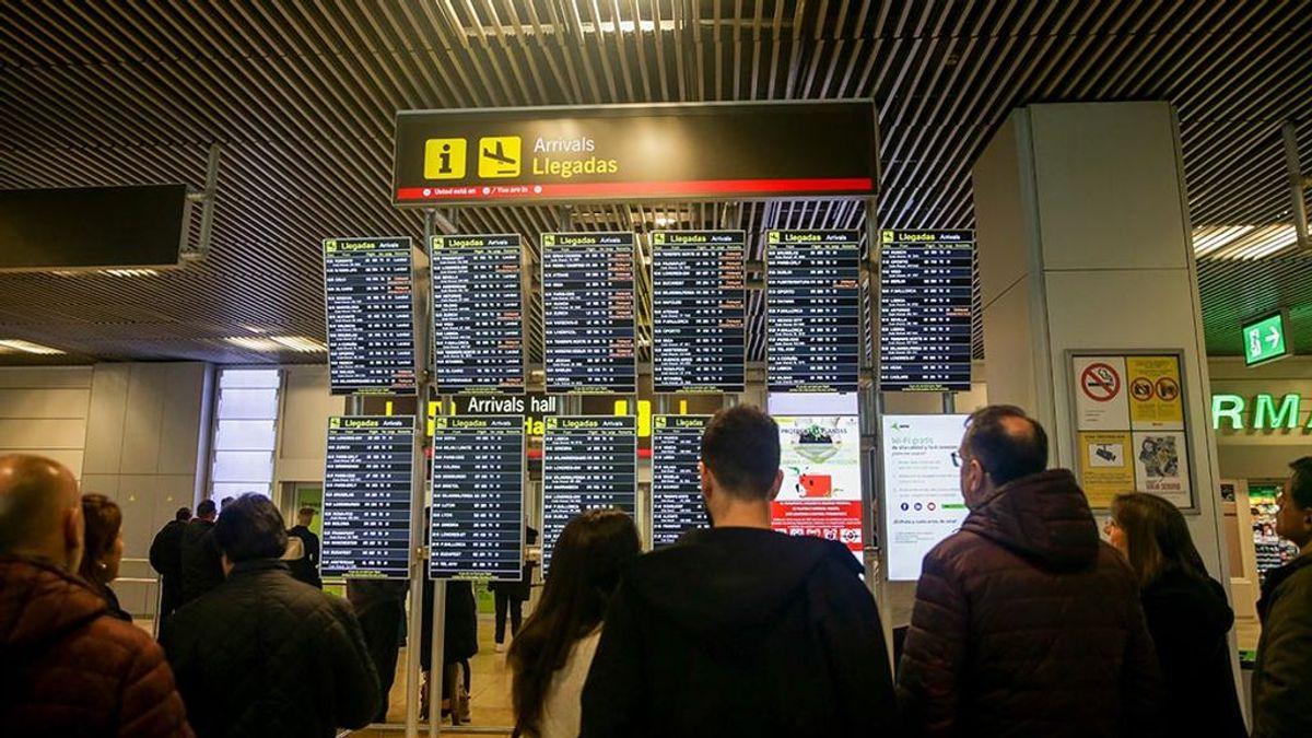 Los españoles prefieren el avión al ave para los viajes domésticos