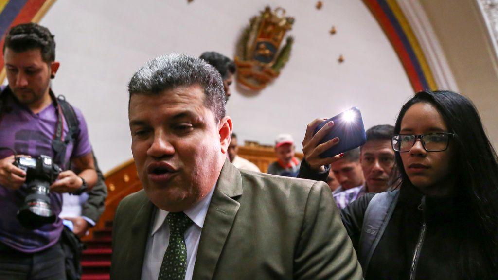 EEUU adopta sanciones contra Luis Parra horas antes de la reunión de la Asamblea de Venezuela