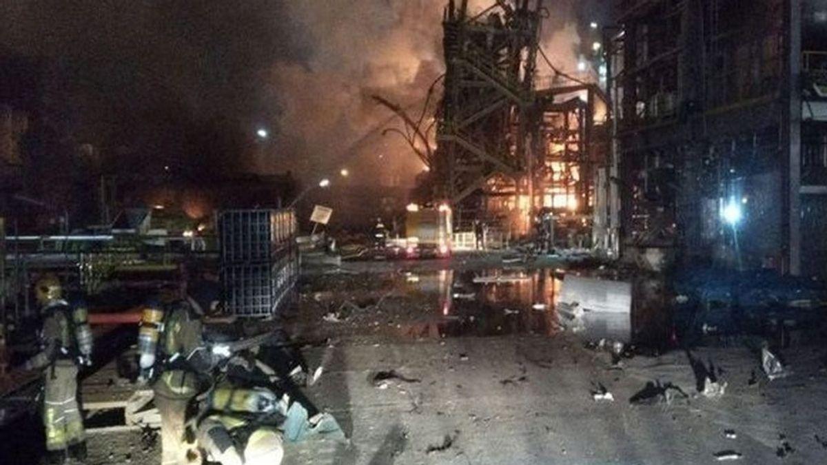 Fallece el herido crítico de la explosión en Tarragona de una planta petroquímica