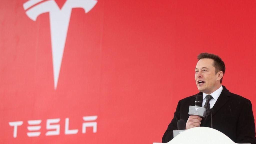 Tesla ya es la tercera empresa del automóvil que más vale en bolsa