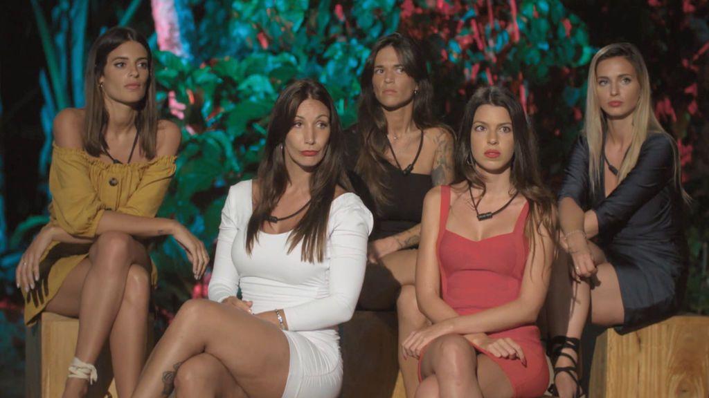 Las chicas se enfrentan a su primera hoguera La isla de la tentaciones Temporada 1 Programa 3