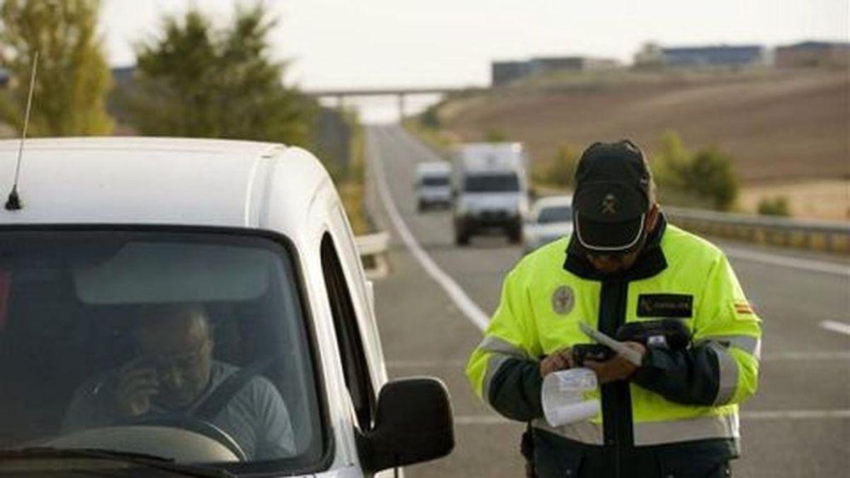 ¿Cómo puedes saber si te han puesto una multa que la DGT no te ha notificado?