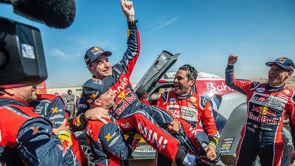 Carlos Sainz gana su tercer Dakar y hace historia a los 57 años