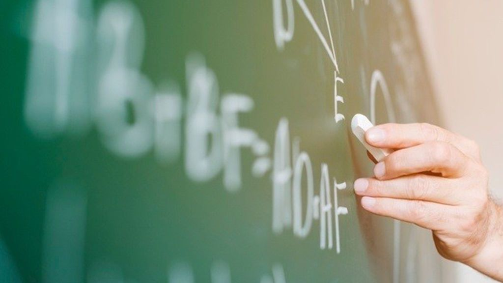 Los profesores creen que el 'pin parental' es ilegal y un ataque a la autonomía docente