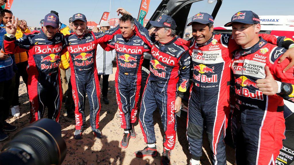 """Carlos Sainz, tras ganar su tercer Dakar: """"Me sigo divirtiendo y hemos ido todos los días al ataque"""""""