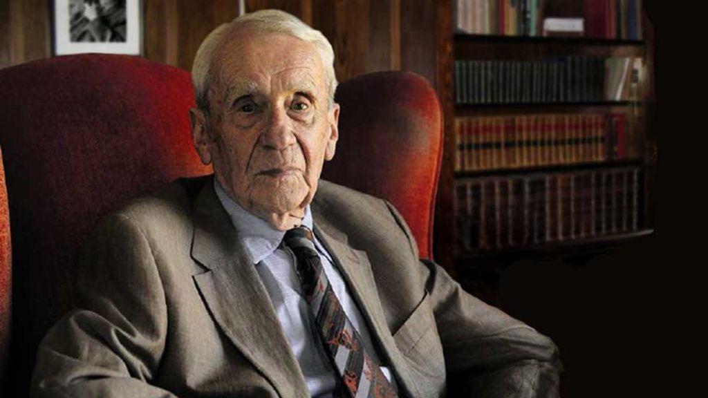 Los 10 datos biográficos más importantes de Christopher Tolkien, el guardián de la Tierra Media