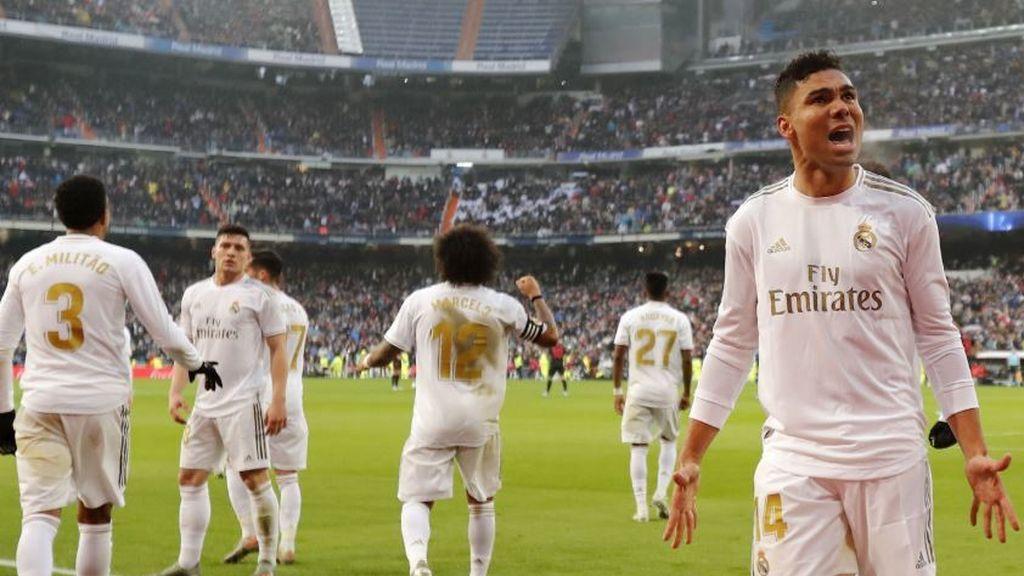 Casemiro resuelve ante el Sevilla para meter presión al Barça (2-1)
