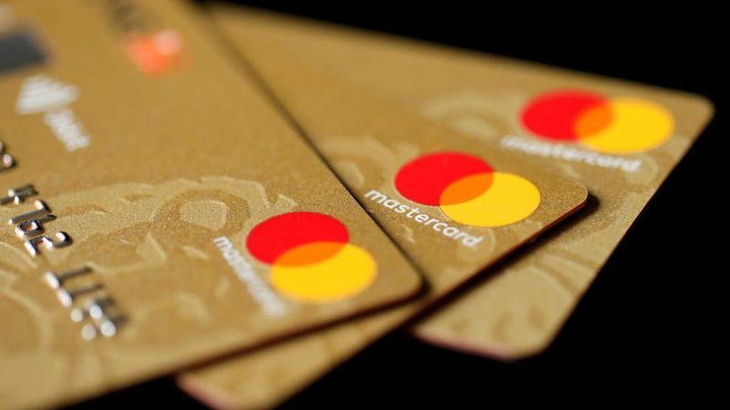 Usar tarjetas de crédito caducadas para compras 'online', la nueva técnica de los estafadores