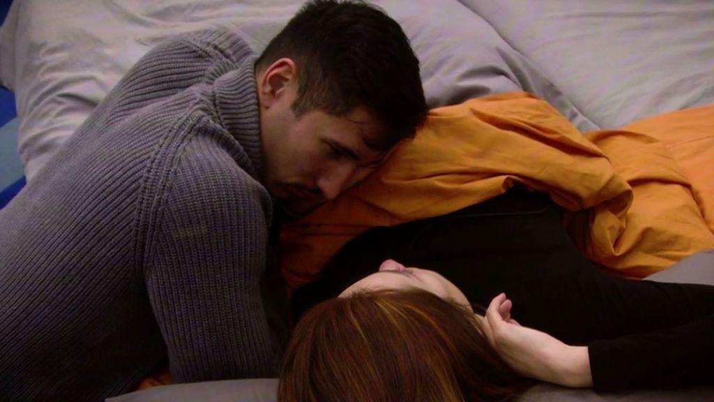 """Gianmarco y Adara se dejan llevar por la pasión y se besan: """"Me gustas tanto"""""""