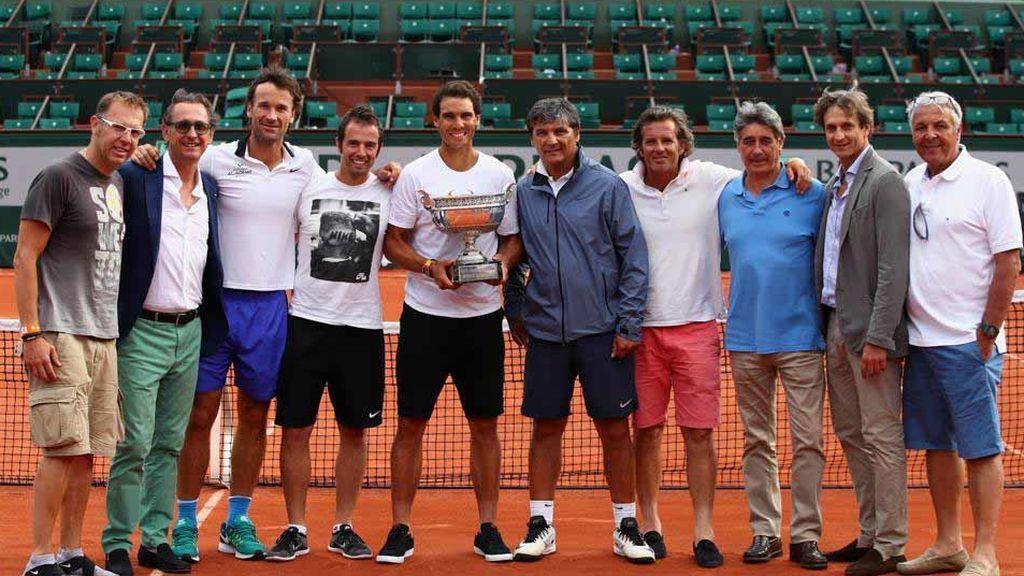 Rafa Nadal junto a su cuerpo técnico