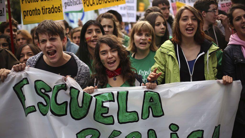 Los populismos y la educación, Google como sustituto del maestro y los problemas de la escuela española