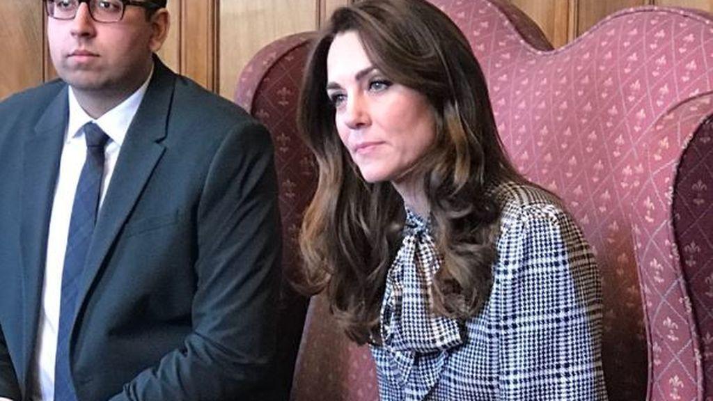 La 'princesa Zara': Kate Middleton vuelve a brillar con un vestido de rebajas