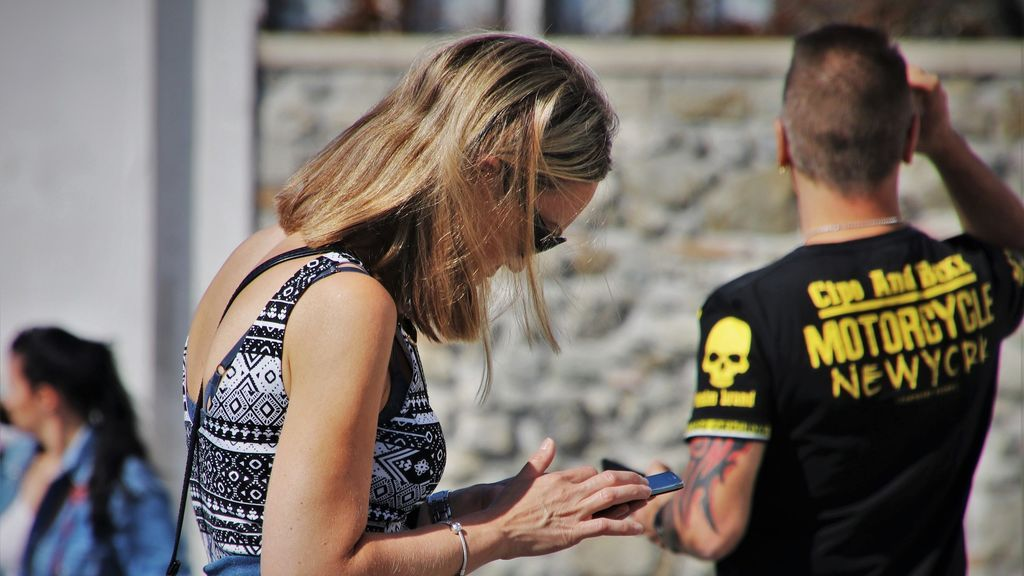 Los adolescentes que abusan en exceso del 'smartphone' duermen peor