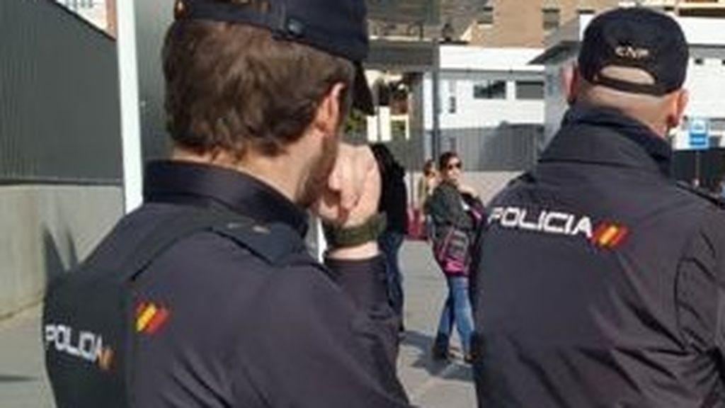 Detenida en Murcia una mujer por apuñalar en el cuello a su vecina