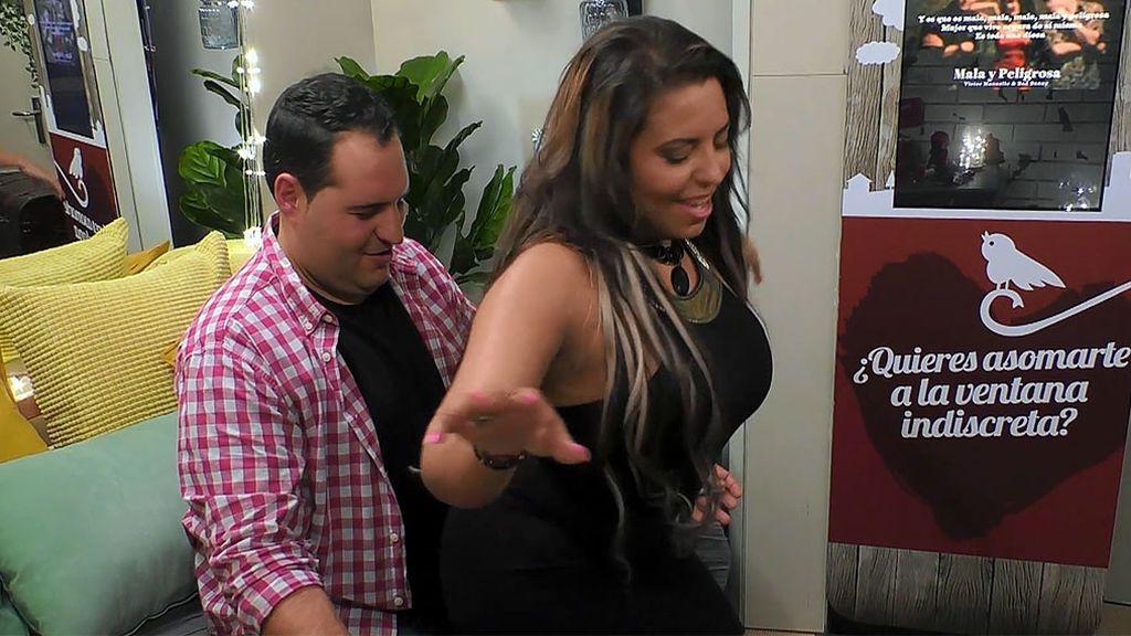El baile sensual de Angie