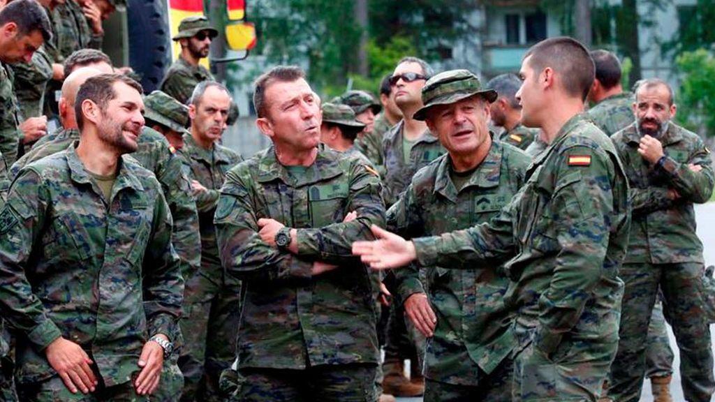 Defensa jubilará  a 1.200 militares con 45 años