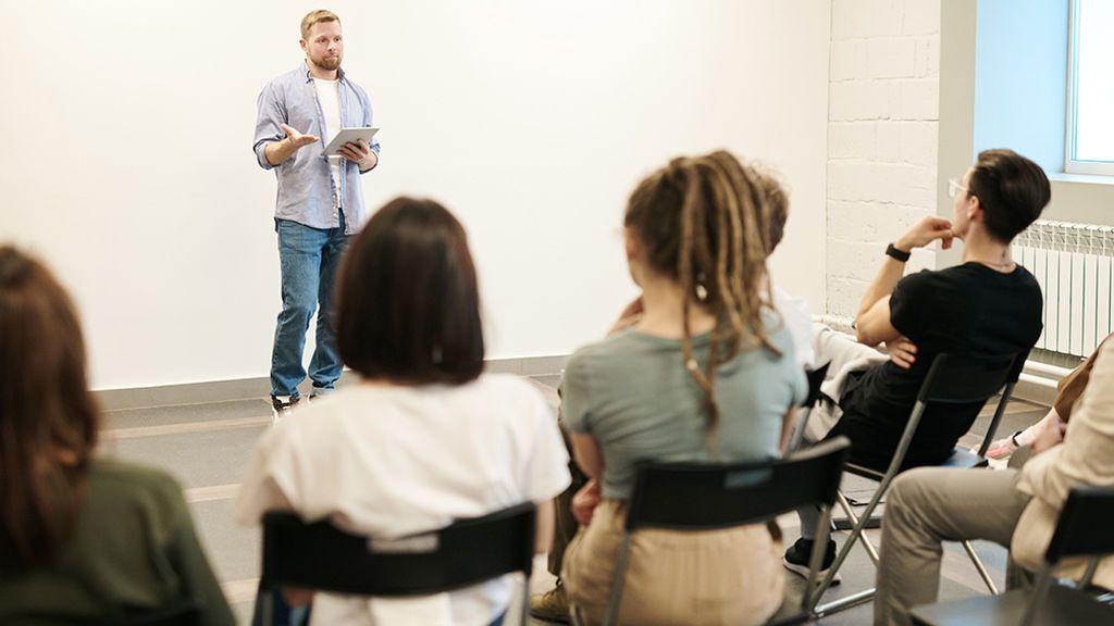 Acoso escolar,  reciclaje, seguridad vial o sexualidad: los temas que se tratan en los talleres de los colegios