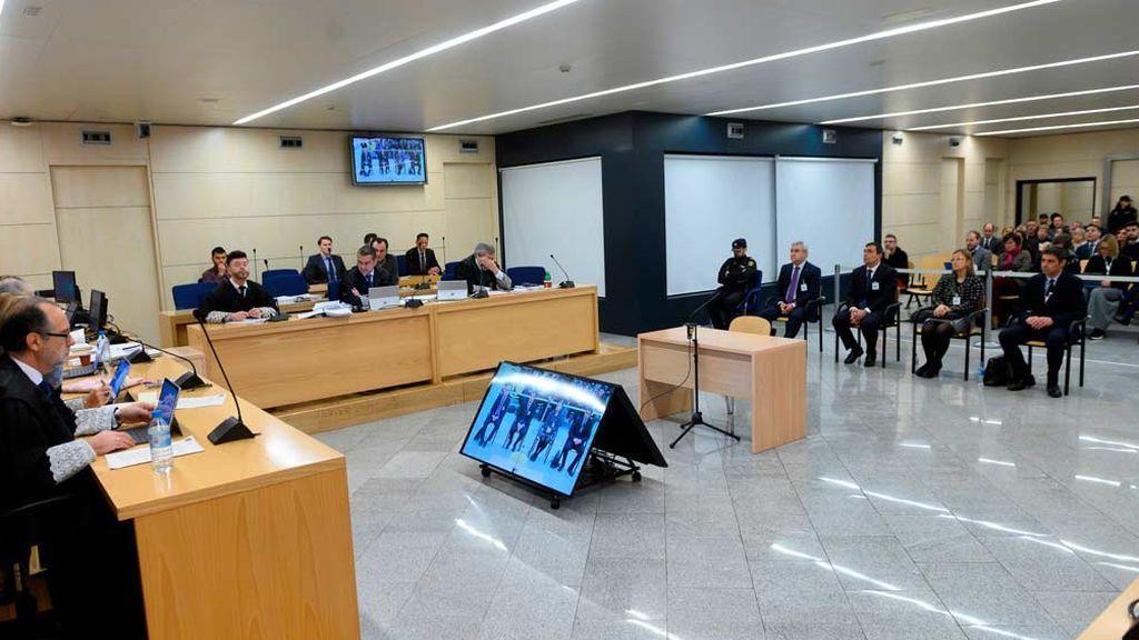 Malentendido con la traducción del catalán entre Trapero y el fiscal