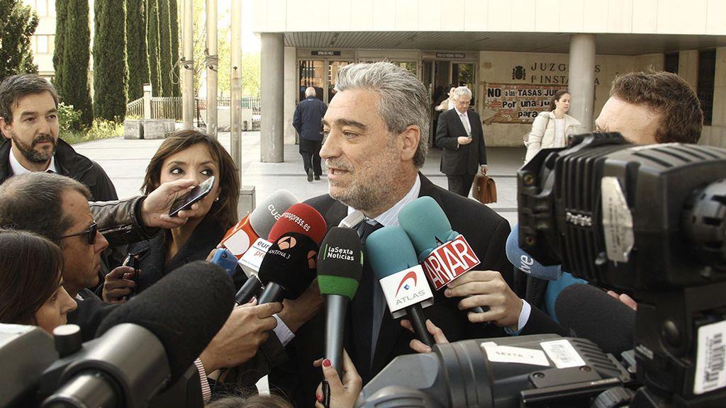 Miguel Ángel Rodríguez, ex Aznar, vuelve a la política de la mano de Ayuso y borra su cuenta de Twitter