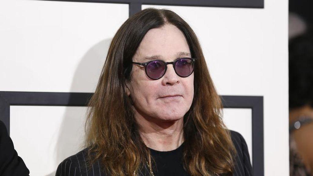 Ozzy Osbourne, icono de la música rock, revela que padece una variante del Parkinson