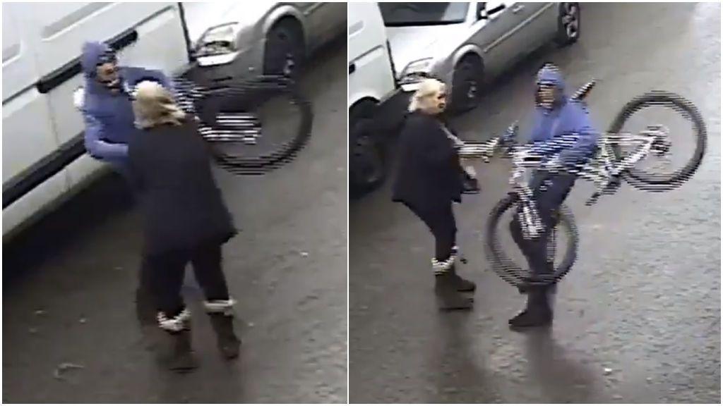 Una anciana de 72 años defiende a un niño que estaba siendo acosado y al que robaron su bicicleta