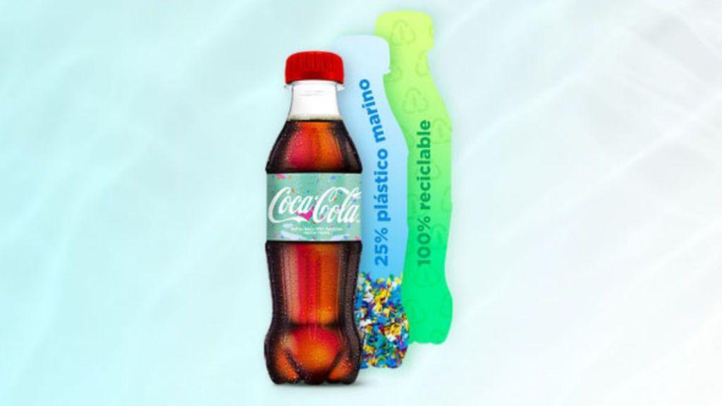 Coca-Cola seguirá fabricando botellas de plástico de un solo uso