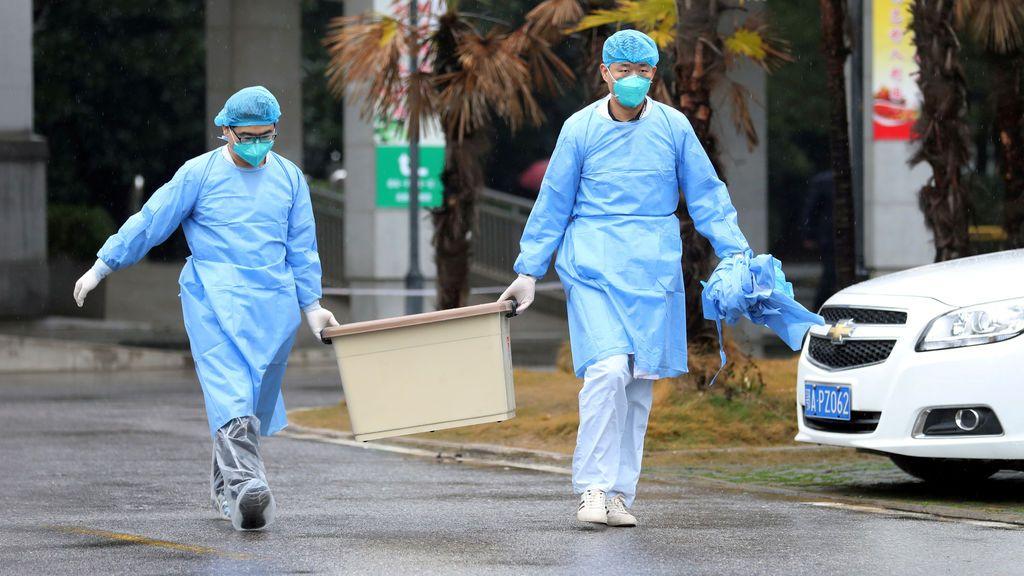 China reconoce 17 muertes a causa del coronavirus y 444 casos confirmados
