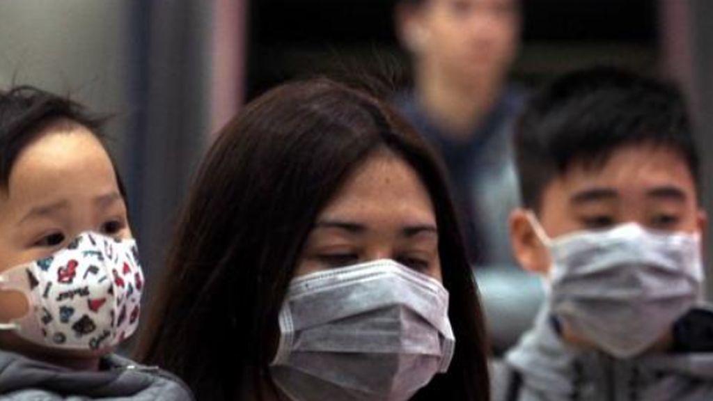 La otra cara del coronavirus chino: la demanda de mascarillas dispara su precio de 13 a 52 euros