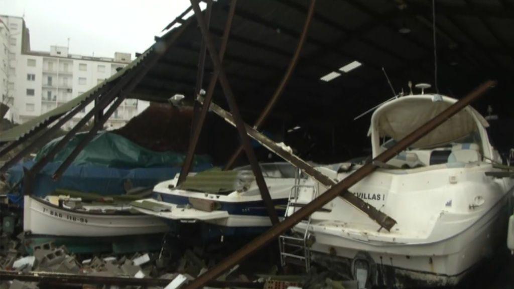 El marinero desaparecido en Girona intentaba amarrar su barco cuando fue arrastrado por las olas