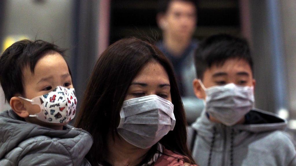 El miedo al coronavirus agota las mascarillas en China
