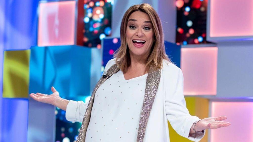 """Toñi Moreno presenta a su hija Lola con una instantánea tomada poco después de dar a luz: """"Mi mayor reto"""""""