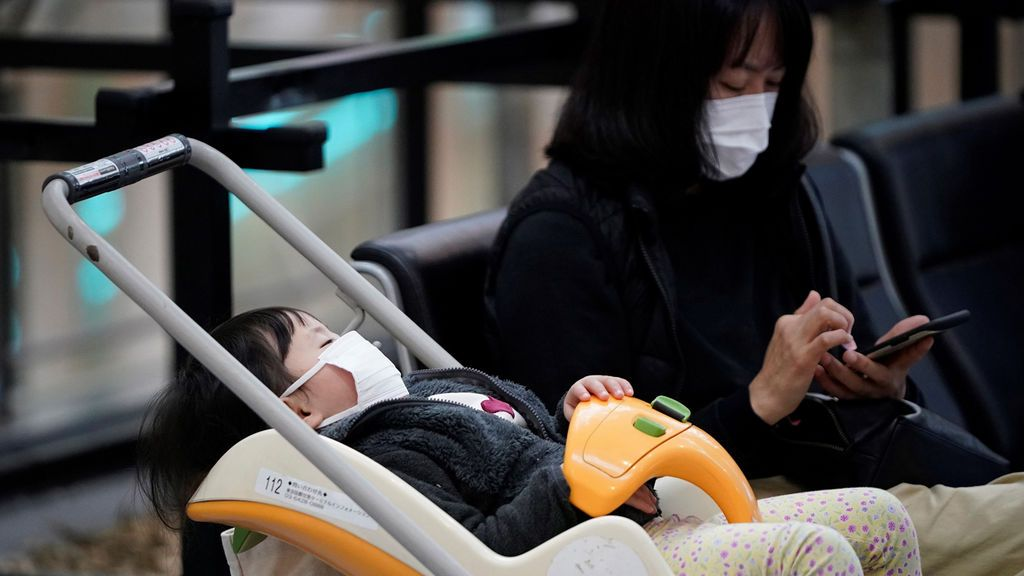 """""""Estamos atrapados y no podemos irnos"""": 20 millones de personas aisladas en China por el coronavirus"""