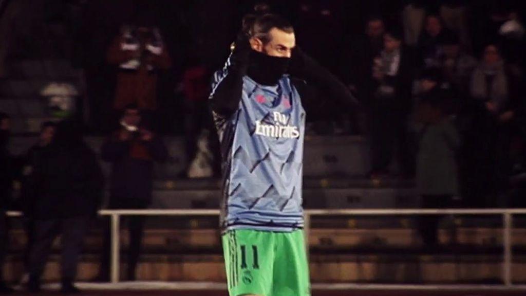 La actitud de Bale ante Unionistas: de su sonrisa por el césped y la iluminación, al frío de Salamanca