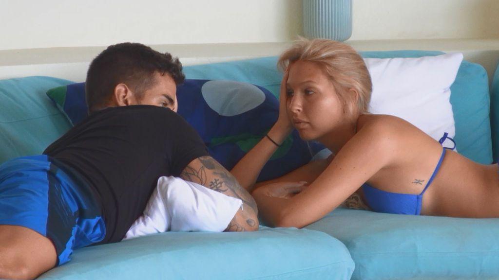 """Álex le cuenta a Andrea lo decepcionado que está con Fiama: """"He visto vídeos dejándome a mí como un lunático"""""""